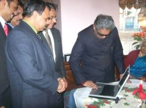 Photo #2 - Europe - Samakaalikam - pravasionline launching